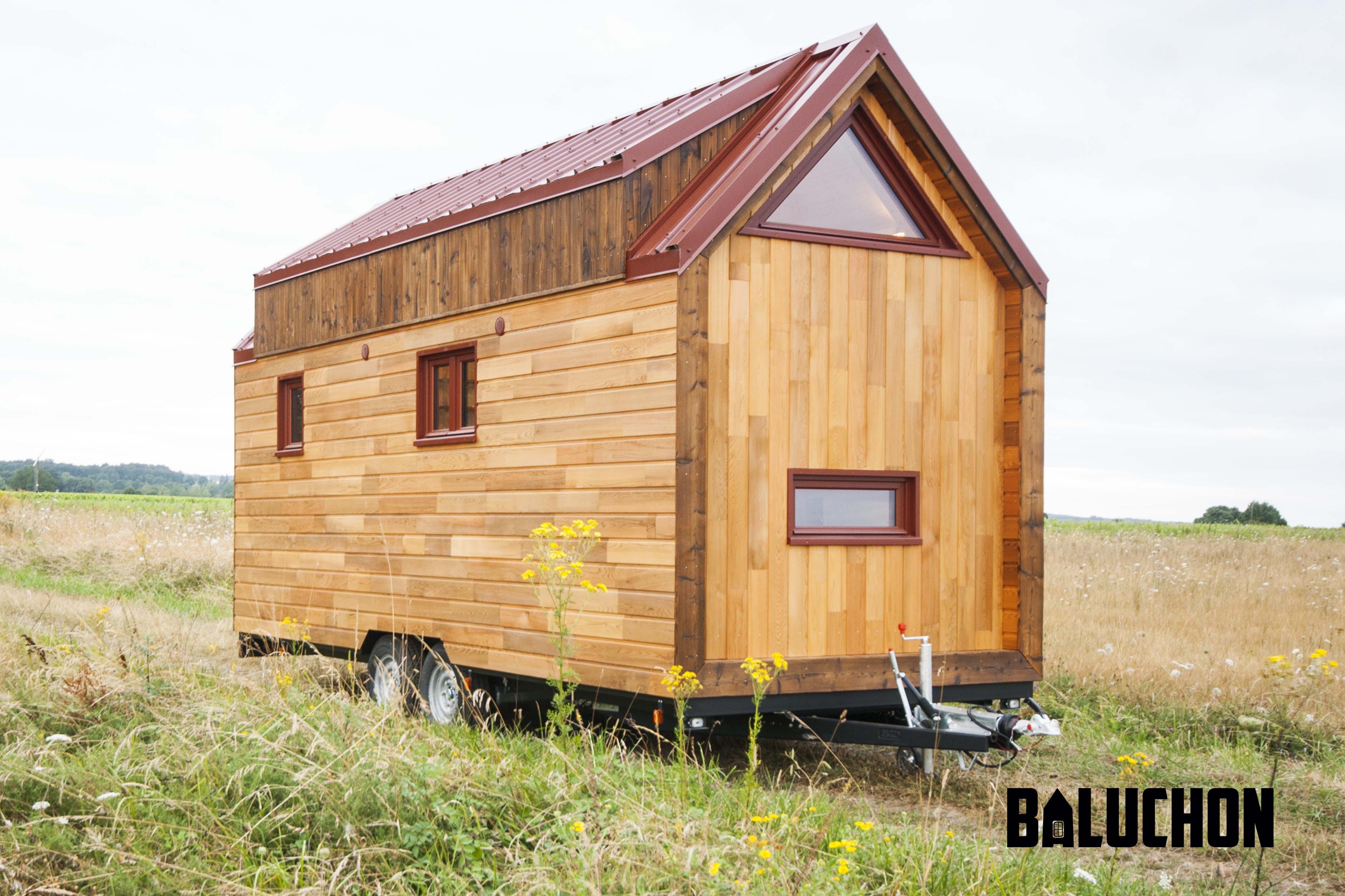 tiny house odyss e. Black Bedroom Furniture Sets. Home Design Ideas
