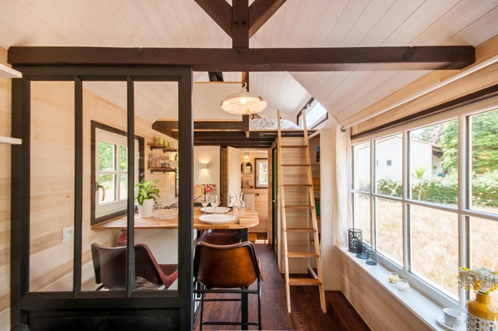 tiny house la boh me. Black Bedroom Furniture Sets. Home Design Ideas